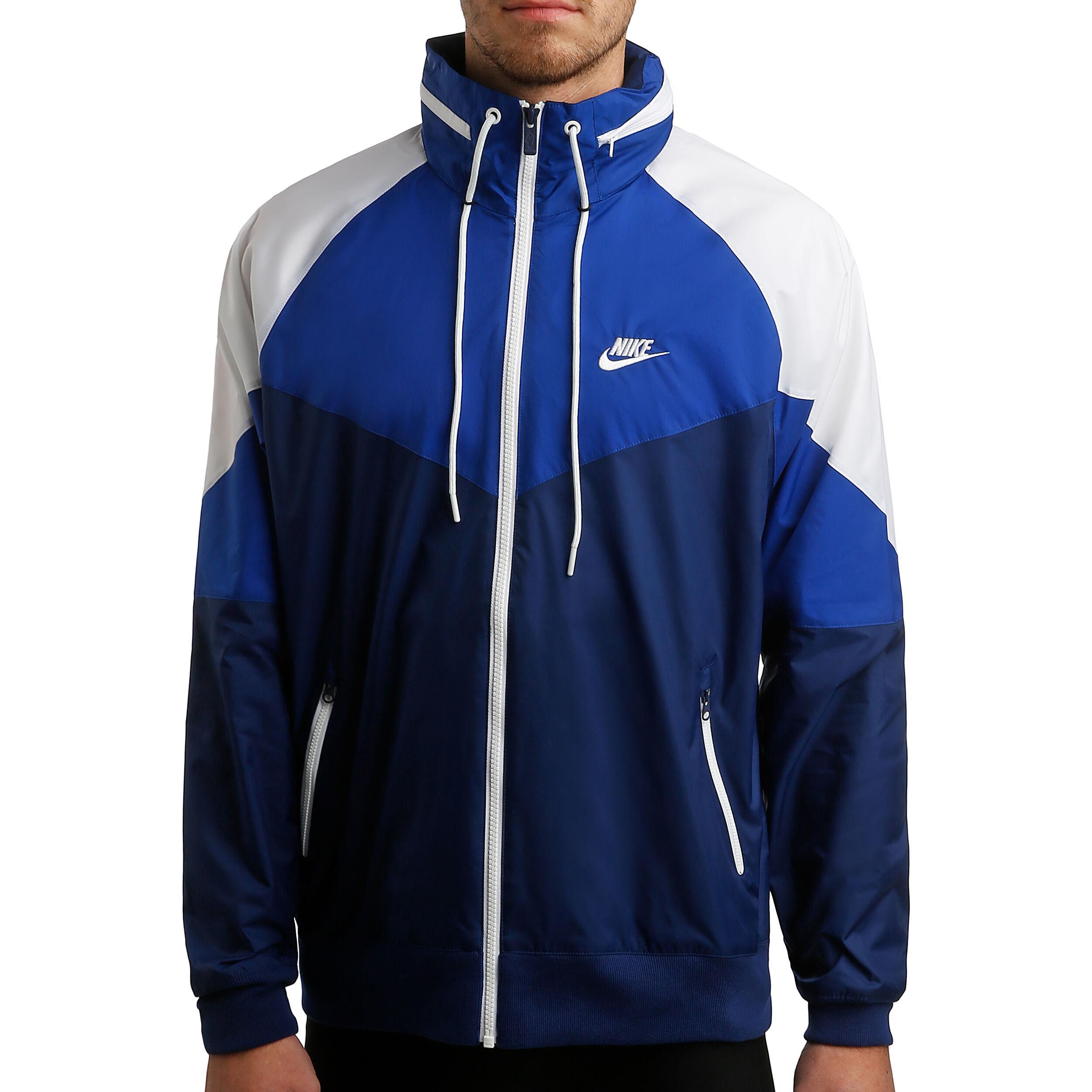 Nike Sportswear Winter Jacke 2017